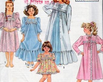 Simplicity 9943 Sewing Pattern, Yoked Flounced Ruffled Hem Nightgowns, Girls Robe Pattern, Girls  Baby Doll Pajamas Girls Size 3 to 6X