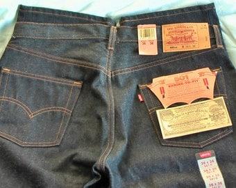 True Vintage Rare Denim Levi's 501 xx. W 36 x L 36.  Raw/Rigid & Shrink To Fit. NWT.Made in USA.