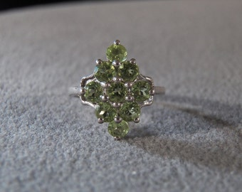 Vintage Sterling Silver 9 Round Peridot Fancy Cluster Band Ring, Size 7        **RL