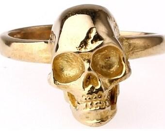 Skull Ring - 48B - skull ring , gold skull ring, gold ring, biker ring, punk ring, crossbone ring, pirate ring, goth ring