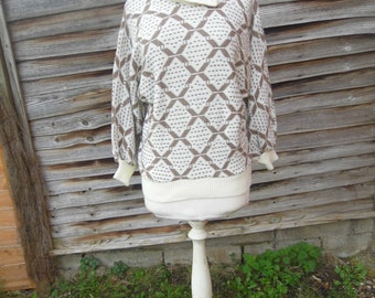 Vintage cream/brown knitted jumper
