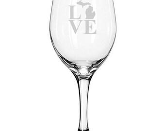Love Michigan Wine Glass Novelty State Lover Housewarming Gift Wedding Birthday Homecoming