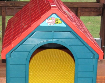 "Pound Puppies Dog House, 14 3/4"" long, 10"" tall"