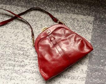1950s Vintage Italian Leather Shoulder Bag/ Red Burgundy Purse
