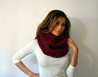 Hand knit Burgundy Cowl