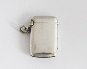 1920s Petit French Vesta Case 800 Silver Match Safe Pill Box Pendant