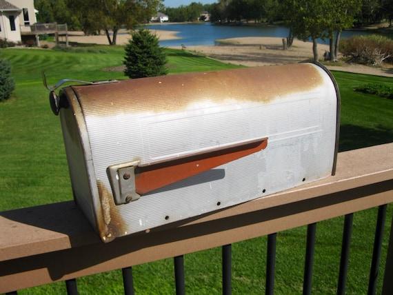 Vintage Rural Mail Box Galvanized Metal Vintage Postal Box