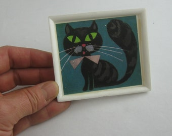 Enchanting, large picture with CAT for LARGE dollhouse. Probably 70s. Approx. 8 cm x 7 cm. Vintage