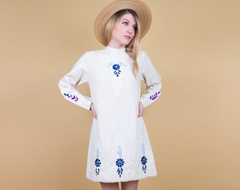 60's floral mod mini dress / cotton embroidered micro mini dress / long sleeve tunic / boho bohemian hippie retro lace mexican