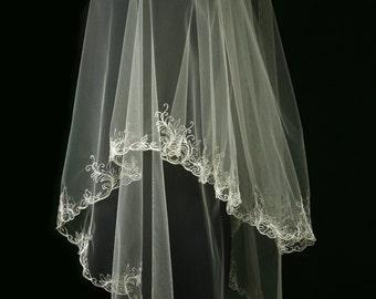 Bridal Veil - Tacita Wedding Lace Veil - Drop Veil - Folded Mantilla Veil - Fingertip Veil  with Blusher - Ivory Lace Veil - Two Layers