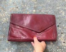 Vintage leather clutch // softest real leather purse // large 70s leather clutch bag // The Tramp bag // maroon leather bag