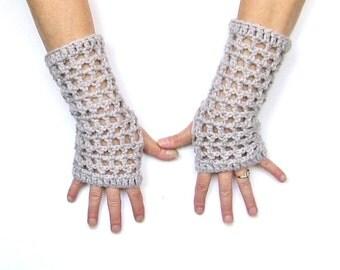 Light Grey Crochet Fingerless Gloves Wristwarmers Texting Gloves