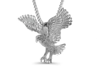 """Sterling Silver 3 dimentional eagle pendant on a 24"""" silver franco chain."""