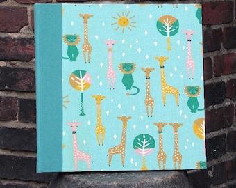 Photo album, photo book, baby shower, memories, photos, baptism gift, personalizable, green photo album, photo album lion and giraffe