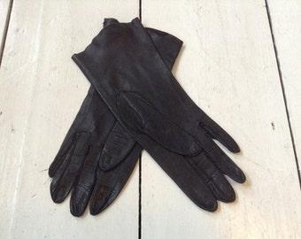 Vintage Black  Soft Leather Ladies Gloves size 7.5