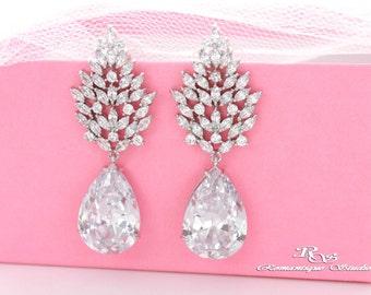 Vintage style bridal earrings teardrop wedding earrings rhinestone earrings crystal earrings chandelier earrings wedding accessories 1370