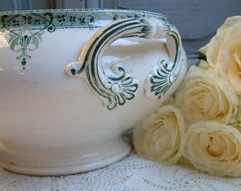 Antique french ironstone green transferware large soup tureen. Art Nouveau. Emerald green transferware. Gustavian style. French shabby decor