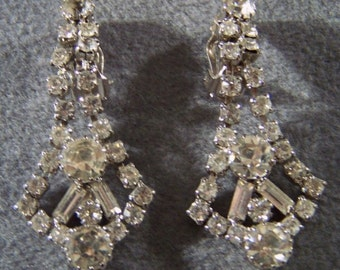 Vintage Rhinestone Long Dangle Chandelier Earrings Jewelry Art Deco Style **RL