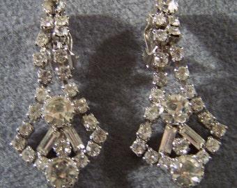 Vintage Rhinestone Long Dangle Chandelier Earrings Jewelry Art Deco Style **RL