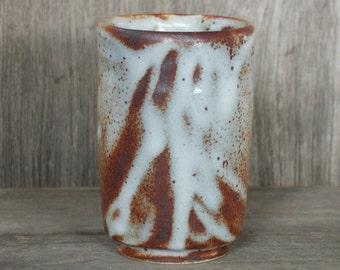 Handmade Ceramic Tumbler, Brown Cup, Reddish, Shino Pottery, Japanese Pottery, Serving Mug, Handmade Pottery, Made in Japan.