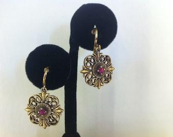 Vintage 1970's Gold Filigree Earrings