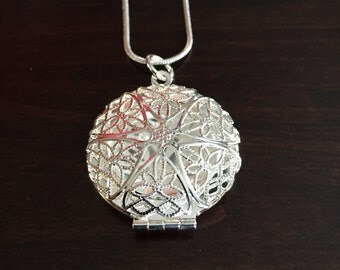 silver locket necklace, silver locket, locket, locket necklace, silver necklace, necklace