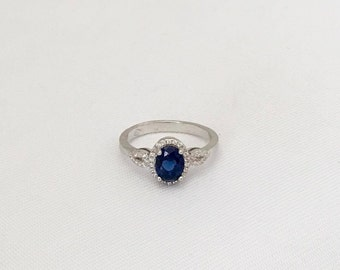Vintage Sterling Silver Blue Sapphire & White Topaz Halo Ring Size 8.25
