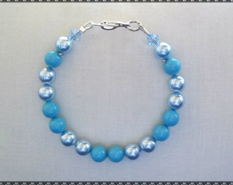 blue bracelet, light blue bracelet, blue pearls, pearl bracelet, blue pearls, blue