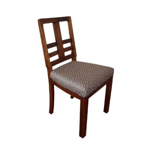 chaise art d co des ann es 30 recouvert de tissu. Black Bedroom Furniture Sets. Home Design Ideas