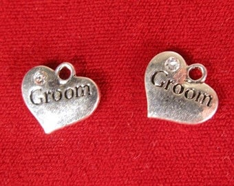"""5pc """"Groom"""" charms in antique silver style (BC1054)"""