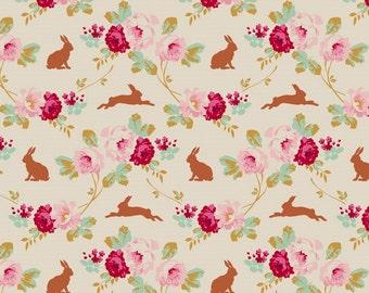 TILDA - Cabbage Rose Rabbit/Roses Linen - 1/2 yard