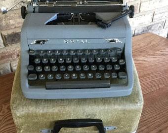 Vintage Royal Typewriter Quiet De luxe Manual Grey Mid Century Portable