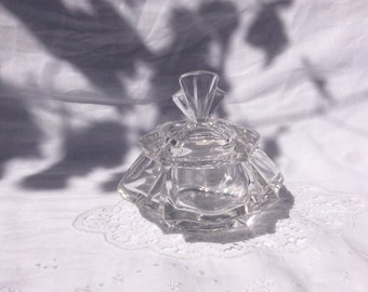 Crystal Art Deco caske