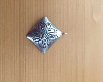 Hill tribe Thai silver Pendant, stamped Flower,large diamond shape 30mm