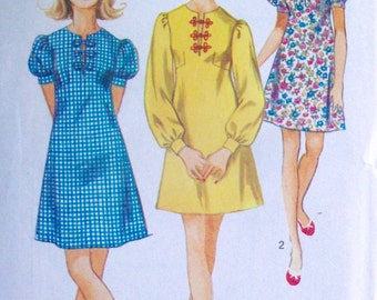 Vintage 1970 Sewing Pattern Simplicity 8683 Dress Size 12