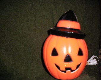 Vintage Halloween Light Up Pumpkin