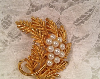 Evergreen Spray Brooch with Faux Pearls at Center, Textured Evergreen Needles, Simple and Sweet.