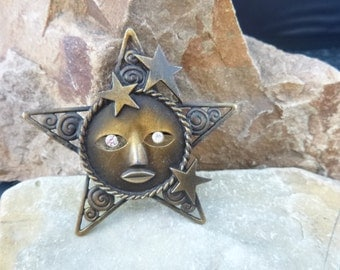 Star Face Brooch Celestial Themed Antiqued Brass Vintage Signed JJ Large Star Pin with Rhinestone Eyes