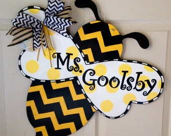 Bumblebee Door Hanger, Bee Door Hanger, Custom Door Hanger