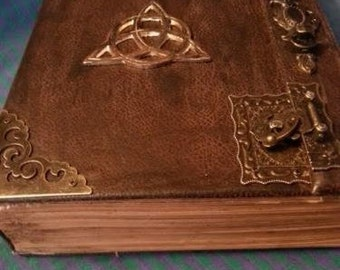 Book of Shadows Altar COVEN'S Book of Shadows  Rustic Book of Shadows old spells Witch Book antique style Old book blessing