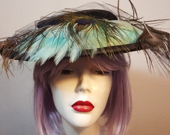 FREE  SHIPPING  1940  Feather Tilt Topper Hat