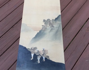 Scroll painting with 3 figures