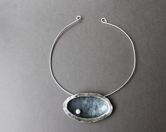 Sterling silver oval concave necklace