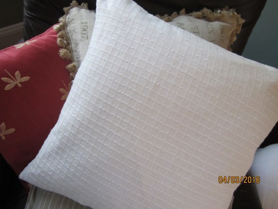Set of two textured summer white cotton throw pillow in two sizes
