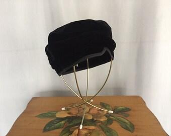 Black Velvet Hat Beret Fascinator Vintage Cap