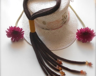 Tricot effect necklace Brown and Mustard color