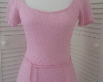 1970's Bubblegum pink knit dress summer dress scoop neckline