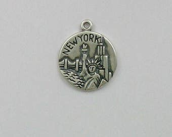 Sterling Silver Big Apple, New York City Charm