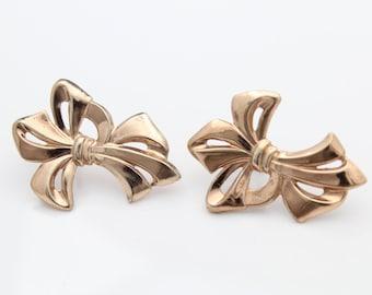 VTG Rose Gold Plated Bow Sterling Silver Screwback Earrings. [7200]
