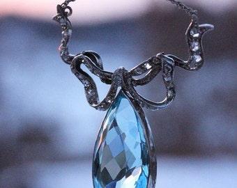 SALE Antique Edwardian Garland Style Diamond and 9.5ct Aquamarine Platinum Bow Necklace c. 1910